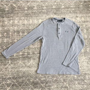 Under Armour M Gray Thermal Long Sleeve 1/4 Button